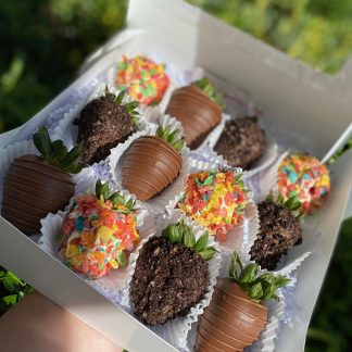 Fruity Pebbles, Oreos, and Chocolate Drizzle Covered Strawberries